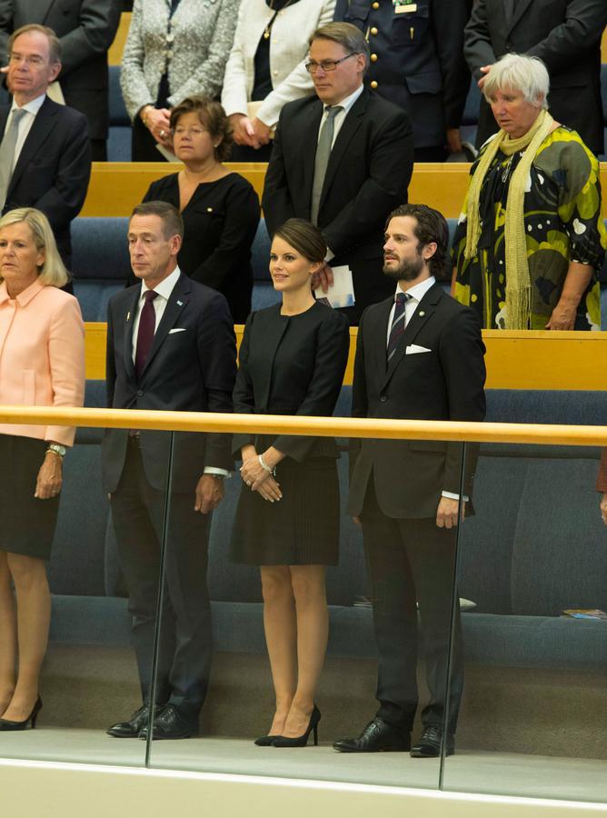 le prince carl philip de suede et sofia hellqvist 3