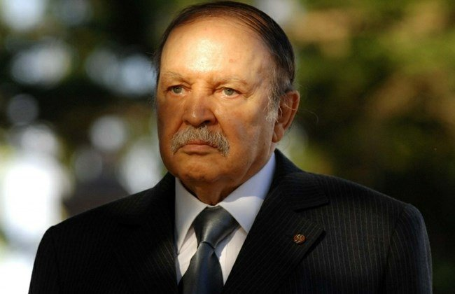 Mybreezylife News - Algeria: Bouteflika replaced the intelligence Chief