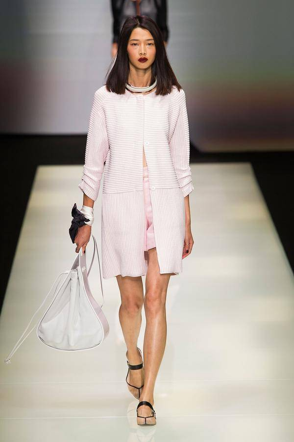 defile emporio armani printemps ete 2016 milan look 16