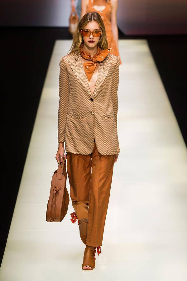 defile emporio armani printemps ete 2016 milan look 24