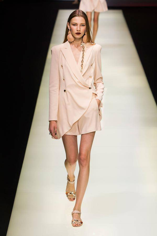 defile emporio armani printemps ete 2016 milan look 38
