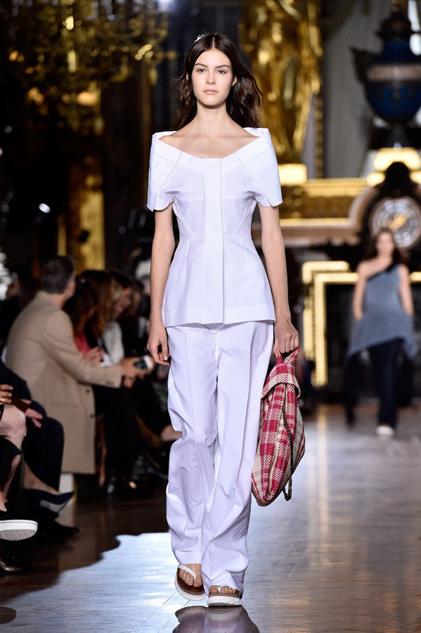 stella mccartney paris fashion week spring summer 2016 08 1 1b16t7k 1b16t7q