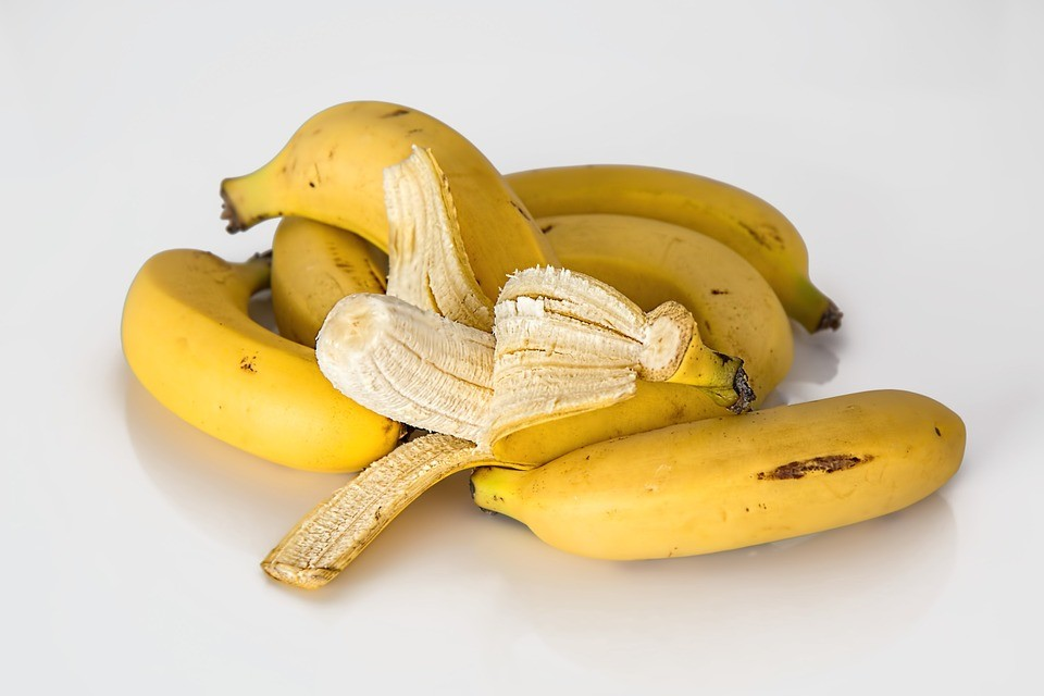 Homemade facial mask - banana mask
